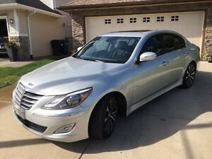 2012 Hyundai Genesis R-Spec 5.0 88,000 kms Fully Loaded Leather