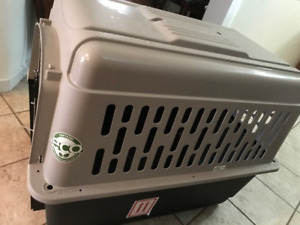Pet Kennel - Airline Approved,