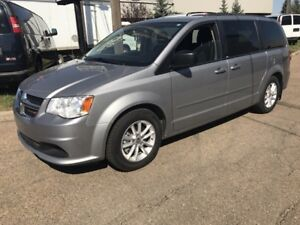 2014 Dodge Grand Caravan SXT - STOW N GO