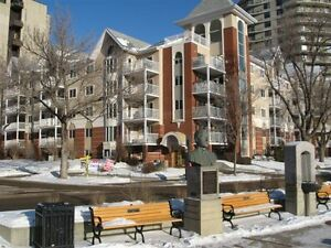OLIVER - 2 BEDROOM RENOVATED CONDO FOR RENT (JUNE)