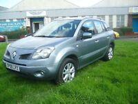 Renault Koleos 2.0 dCi Dynamique 5dr (grey) 2009