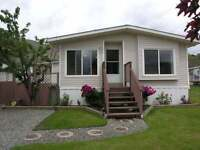 New Listing - Move in Ready! GREAT LOCATION