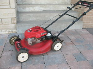 Toro self-propelled gas lawn mower