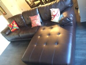 Sectional sofa + Ottoman / Tabouret / Chair