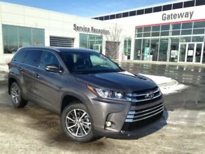 2018 Toyota Highlander Service Shuttle XLE 4dr All-wheel Drive