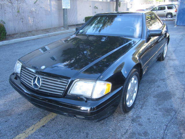 Image 1 of 1998 Mercedes-Benz SL-Class…