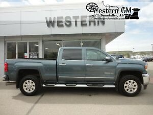 2015 GMC Sierra 2500HD SLT Z71 6.6L 4x4 Crew Heated Leather Back