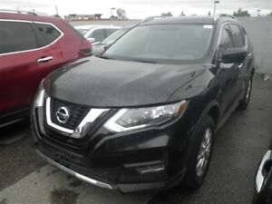 2017 Nissan Rogue SV (4dr All-Wheel Drive)