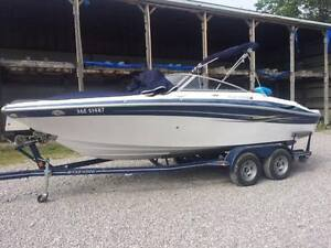 Four Winns 210 Horizon Bow rider with Trailer