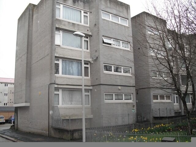 2 Bedroom Maisonette, Ground Floor - George Street, Mount Wise, Plymouth, PL1 4HW