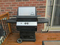 Broil King Regal - Natural Gas BBQ