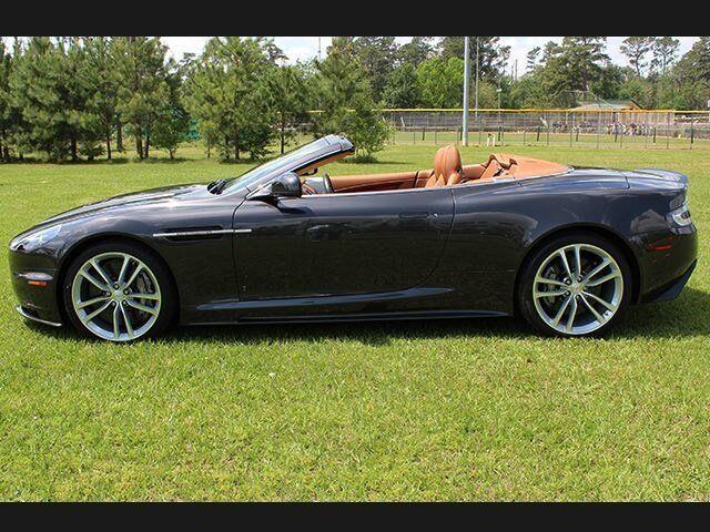 Aston Martin : DBS 2DR VOLANTE 2DR VOLANTE Convertible 5.9L NAV CD Locking/Limited Slip Differential MP3 Player