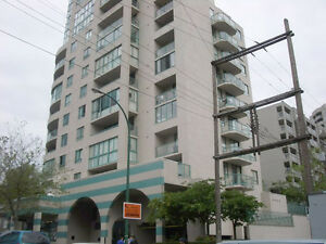Great Investment! Large 1 Bedroom+Den@1004 - 789 Drake Street