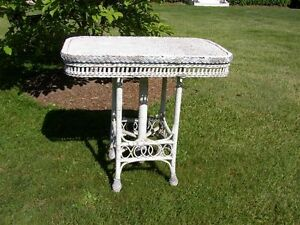 Bar Harbour Victorian Wicker Table antique chippy white