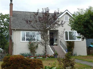 1395 Esquimalt-Central Location House for Rent in West Vancouver