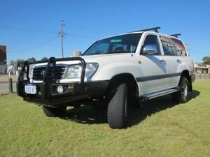 2000 Toyota Landcruiser FZJ105R GXL White Automatic Wagon Wangara Wanneroo Area Preview