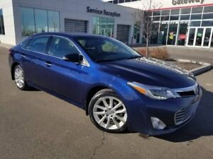 2013 Toyota Avalon LTD + PREM PKG Navi, Backup Cam Leather Heate