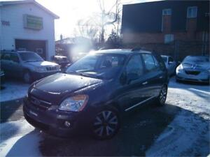 2010 Kia Rondo EX Luxury CUIR . 7 PASSAGERS . TOIT OUVRANT