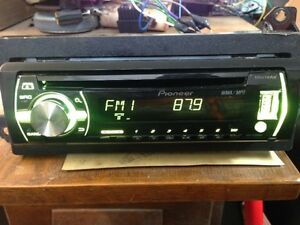 Car Stereo Pioneer DEH-X3500UI with USB and Auxiliary in put