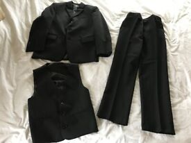 Boys Dinner Jacket, Trousers and waistcoat – Aged 11years
