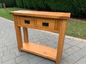 SOLID OAK CONSOLE TABLE