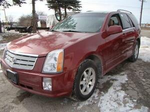 2006 CADILLAC SRX - CERTIFY * LEATHER * SUNROOF