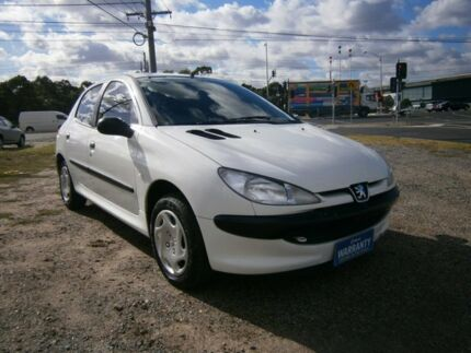 1999 Peugeot 206 T1 White 5 Speed Manual Hatchback Moorabbin Kingston Area Preview
