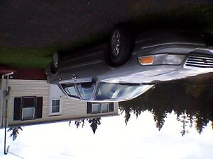 2003 Ford Crown Victoria Loaded except leather Sedan