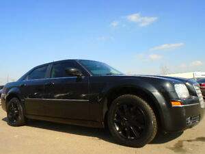 2007 Chrysler 300-Series TOURING---AWD----BLACK ON BLACK EDITION