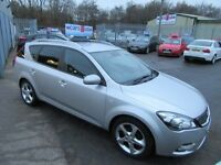 Kia Ceed Cee'd CRDI 3 SW 5d 114 BHP excellent value cars ! (silver) 2011