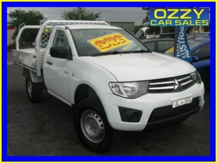 2009 Mitsubishi Triton ML MY09 GLX White 5 Speed Manual Cab Chassis Minto Campbelltown Area Preview