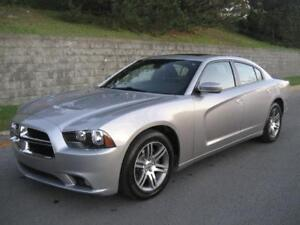 2014 DODGE CHARGER SXT 53,000/KM, MAGNA FLOW EXHAUST, AIR, TOIT!