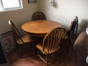 Kitchen Table and Chairs - Oak
