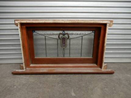 LEADLIGHT PICTURE WINDOW ORIGINAL FROM 1920s HOME