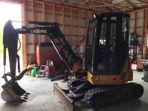 2014 MINI EXCAVATOR WITH THUMB ONLY 400 HOURS