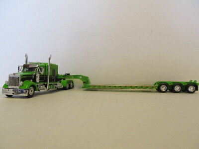 DCP 1/64 SCALE W-900 KENWORTH MIDROOF LIME GREEN & BLACK WITH LIME GREEN LOWBOY