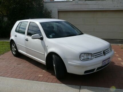 VOLKSWAGEN GOLF 1.6 L  2001 ONE OWNER
