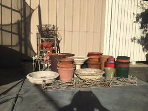 Bulk Lot Pots, Wire Hanging Baskets and more. Cloverdale Belmont Area Preview