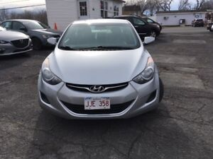 2012 Hyundai Elantra valid mvi, well maintained