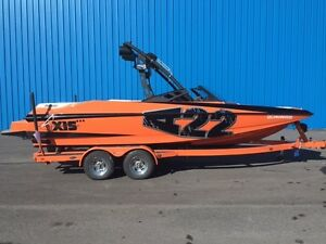 2012 Axis Wake Research AXIS A22