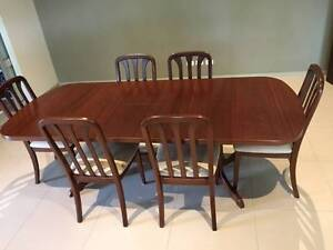 Dining Table & 6 Chairs Kewarra Beach Cairns City Preview