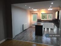 3 bedroom house in Stockport Road West, Stockport, SK6 (3 bed)