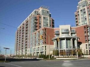 (Hwy7/Warden) Great 1+den condo unit for lease(parking included)