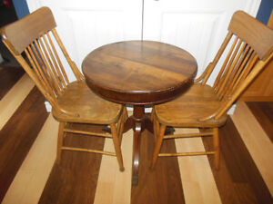 Shaker box style table top table with claw feet, 2 wood chairs London Ontario image 5