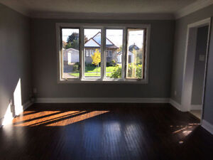 BRIGHT AND SPACIOUS, RECENTLY RENOVATED THREE BEDROOM APARTMENT!