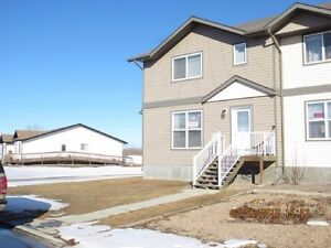clean and we'll managed Stettler house for Rent