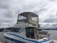 Reduced 33 ft Yacht with flying Bridge