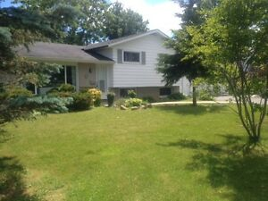 SOLD - 873 FRONT RD Kingston Kingston Area image 1