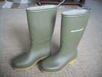 Kids Dunlop Wellies - Size UK13/Euro 32