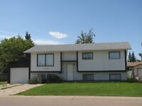 FABULOUS OPPORTUNITY TO RENT A HOUSE WITH TWO SUITES!